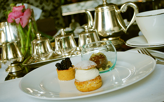 Afternoon Tea at the Four Seasons Bangkok