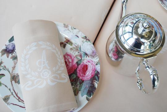 Napkin and tea ware