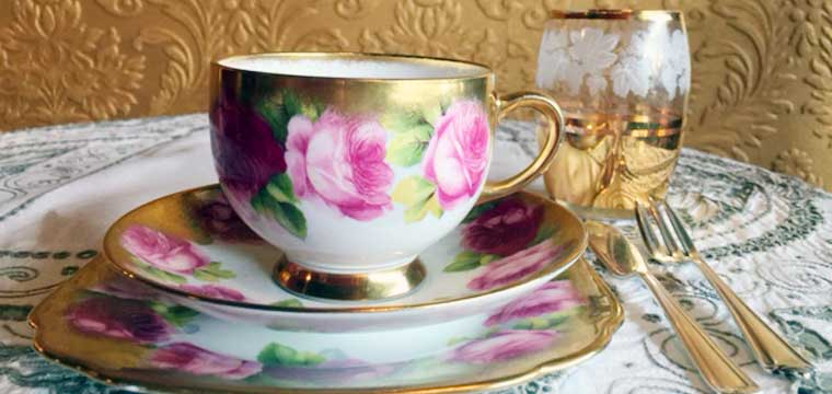 "Royal Albert 1920's limited edition ""Old English Roses"" Mother's Day edition Tea cup trio"